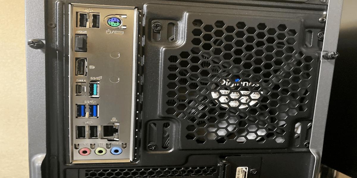 GALLERIA XA7C-R70S 背面画像